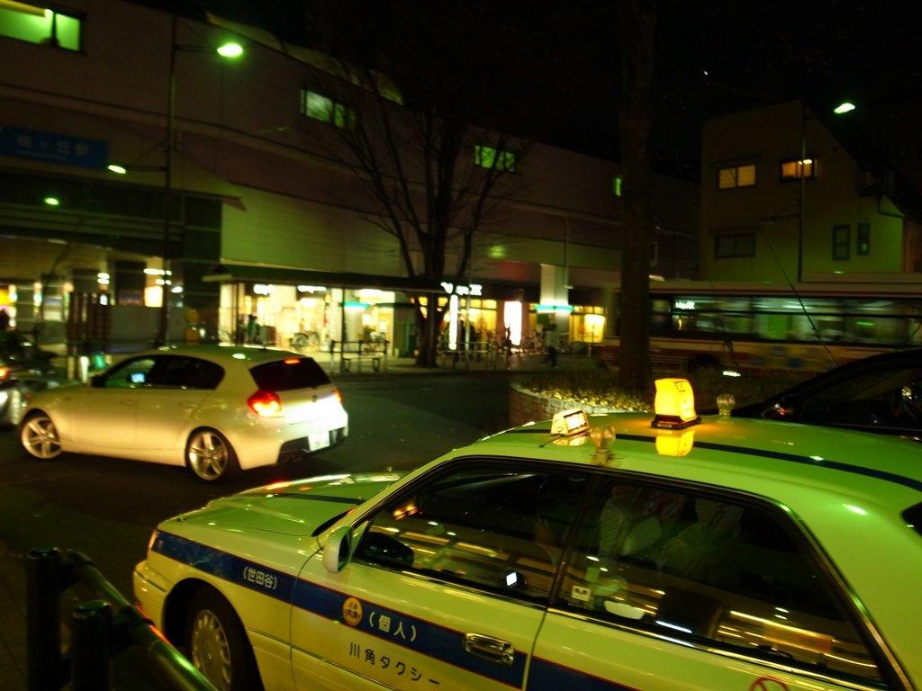 下北沢駅に駅前ロータリーは必要か?