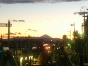 旧世田谷代田踏切からの富士山
