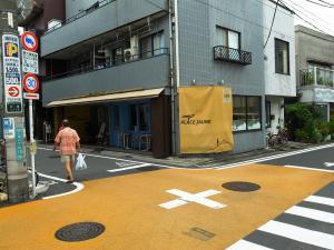 三宿の自転車カフェ-「PLACE JAUNE(カフェ・プラス・ジョーヌ)」