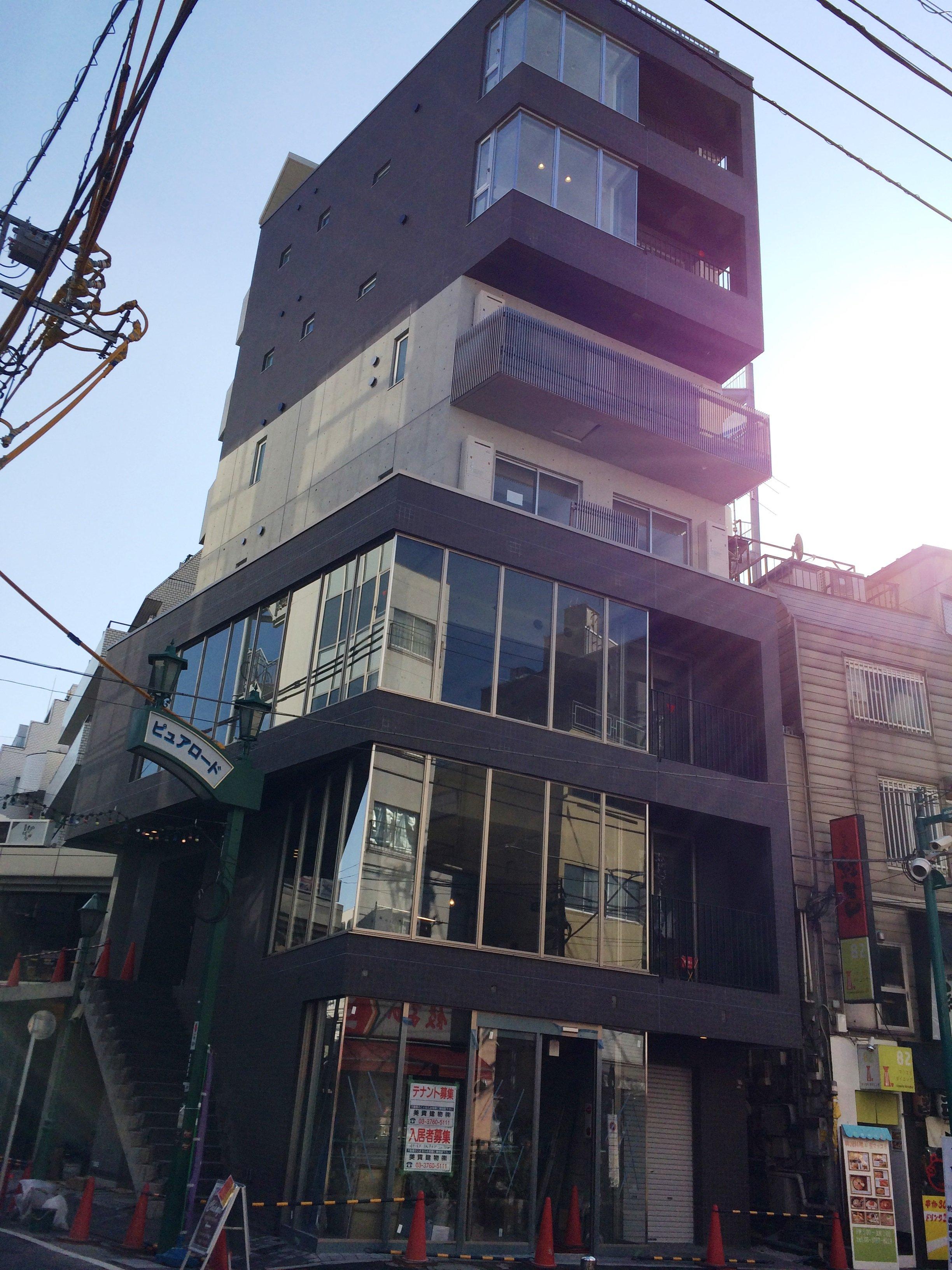 下北沢膳場ビル完成間近!!