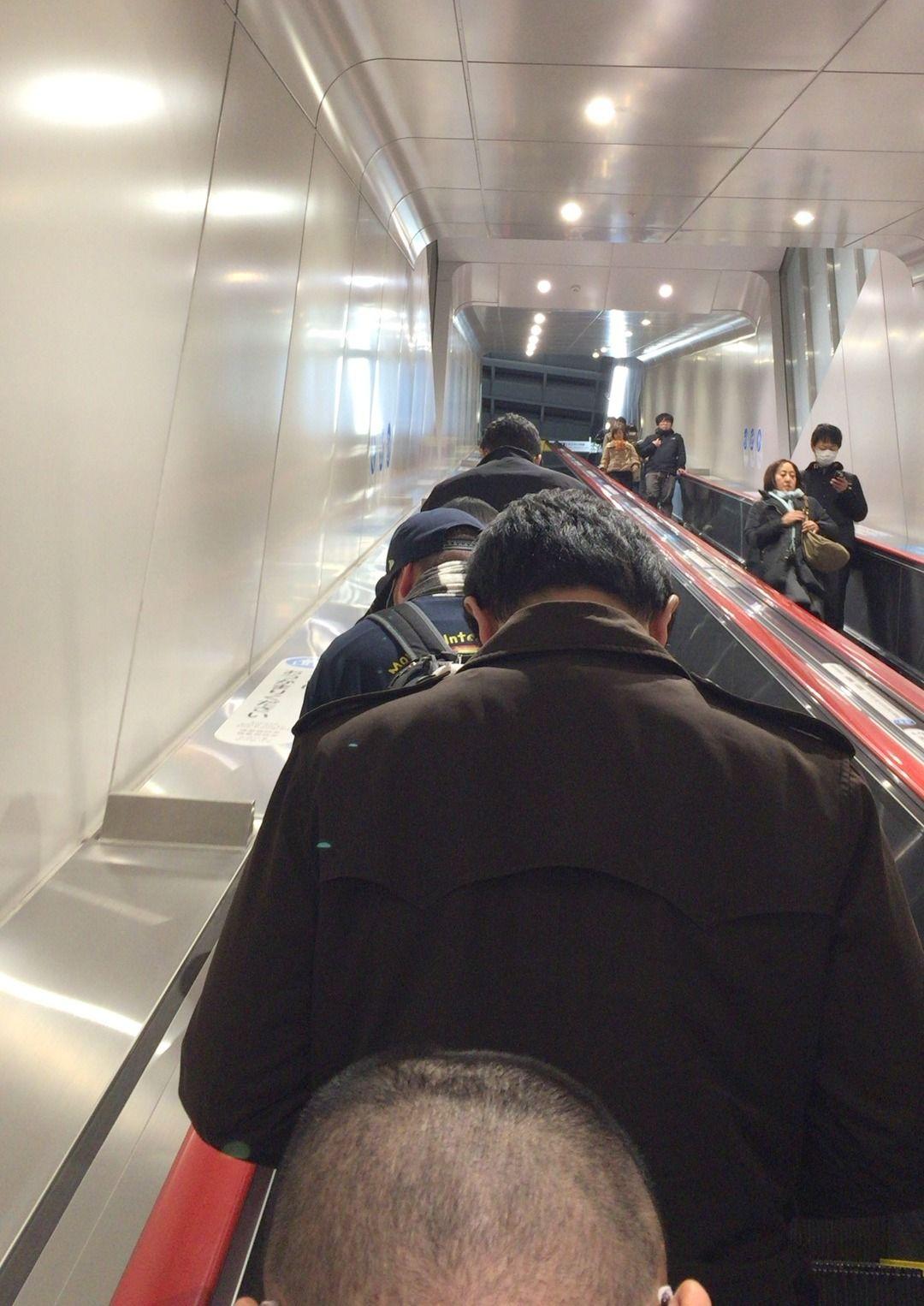 小田急線下北沢駅最新状況(2016/12)