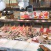 笹塚の魚屋「石川商店」の店頭とヨーロッパの魚屋の店頭を比べてみる