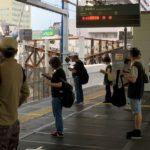 小田急線・下北沢駅のファサードが姿を現す