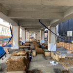 井の頭線の下北沢高架下の開発状況「下北沢高架下開発A街区新築工事」(2021年3月)